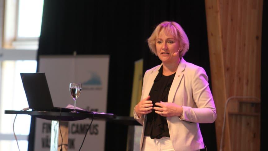 Högskole- och forskningsministern Helene Hellmark Knutsson vid Nya Vägar-konferensen 16-17 maj i Västervik .