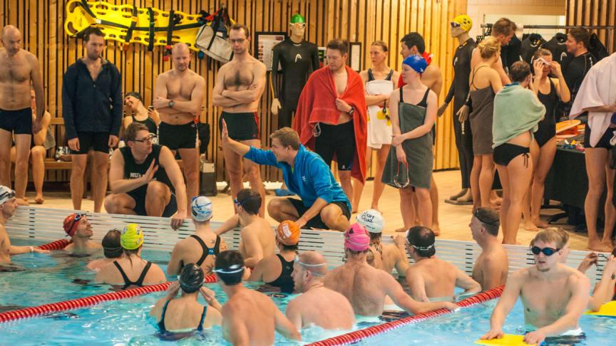 Dags för ny gratis träningskväll i Mörbybadet inför Stockholm Triathlon