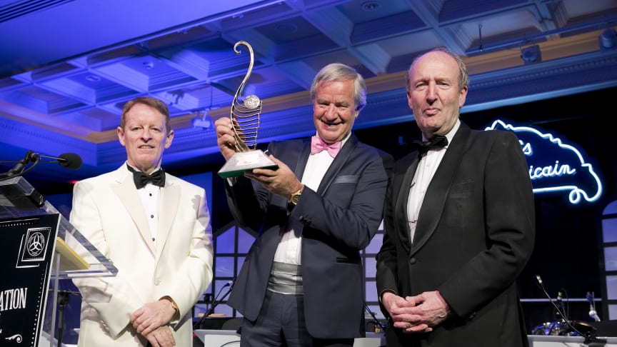Norwegian CEO Bjørn Kjos with Irish Aviation Authority Chief Executive Eamonn Brennan (left) and Irish Minister for Transport Shane Ross (right)