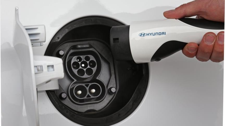 Hyundai blir nå helt ladbart og elektrisk i Norge. Foto: Hyundai