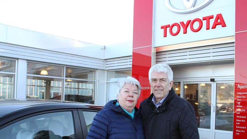 Unni og Arne-Kjell kjøpte sin første Toyota i 1978.
