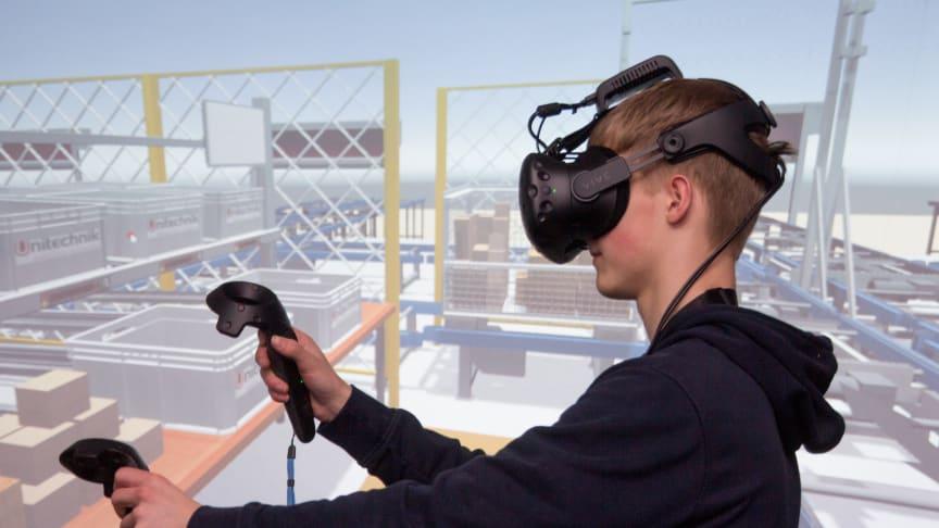Mit Virtual Reality Anwendungen machte Unitechnik seine Lagerlogistiksysteme für die Teilnehmer erlebbar.