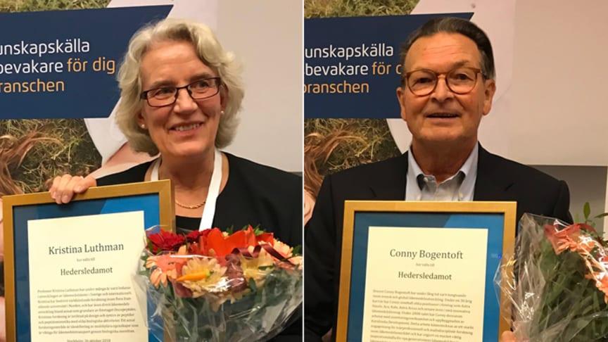 Professor Kristina Luthman och docent Conny Bogentoft installerade som nya hedersledamöter i Apotekarsocieteten.