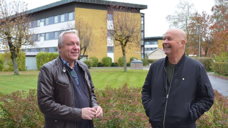 Max-Göran Forsström, ordförande, till vänster, och Bengt Laveklint, vicevärd, på brf Orion i Nässjö.