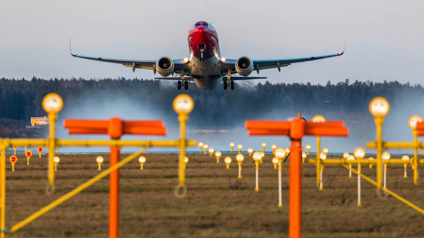 Norwegian Boeing 737-800      Foto: David Charles Peacock