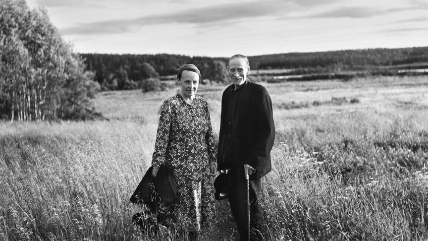 Albert och Tea Johansson, Nyåker, Nordmaling 1956. Foto Sune Jonsson.