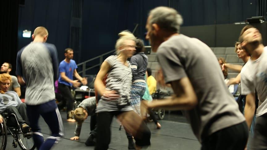 Inkluderande dans i fokus när Spark Lab kommer till Vara Konserthus