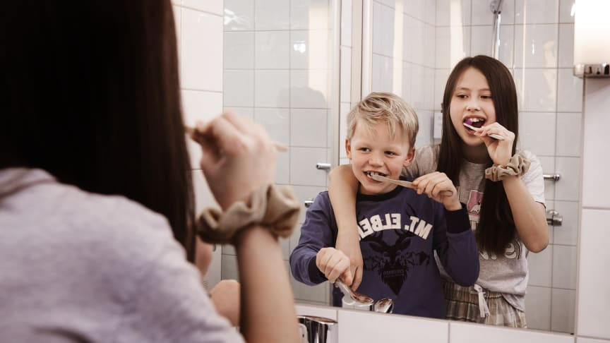 """Ideen til """"Turn off the tap""""-prosjektet kom fra Markus Mehus (den gang åtte år), sønn av hotelldirektør Kristian Fredrik Mehus ved Scandic St Olavs Plass. Foto: Scandic Hotels"""