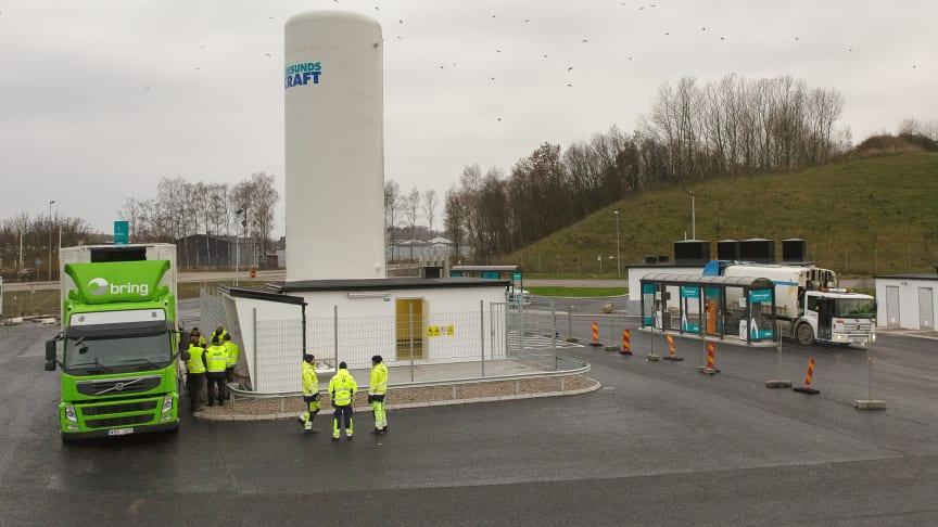 Flytande biogas ersätter fossil diesel i Helsingborg