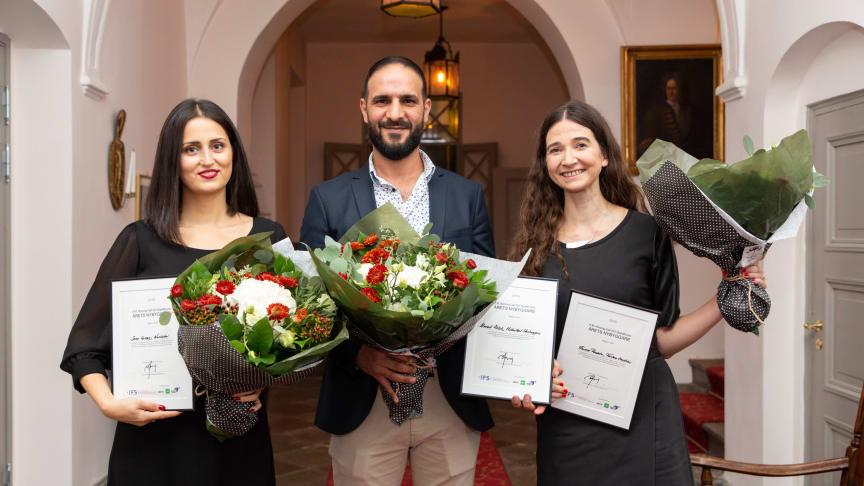 Årets pristagare. Från vänster Sara Serray (Årets Unga Pionjär), Ahmed Ablah (Årets Nybyggare) och Emma Rozada (Årets Pionjär). Foto: Misak Nalbandian