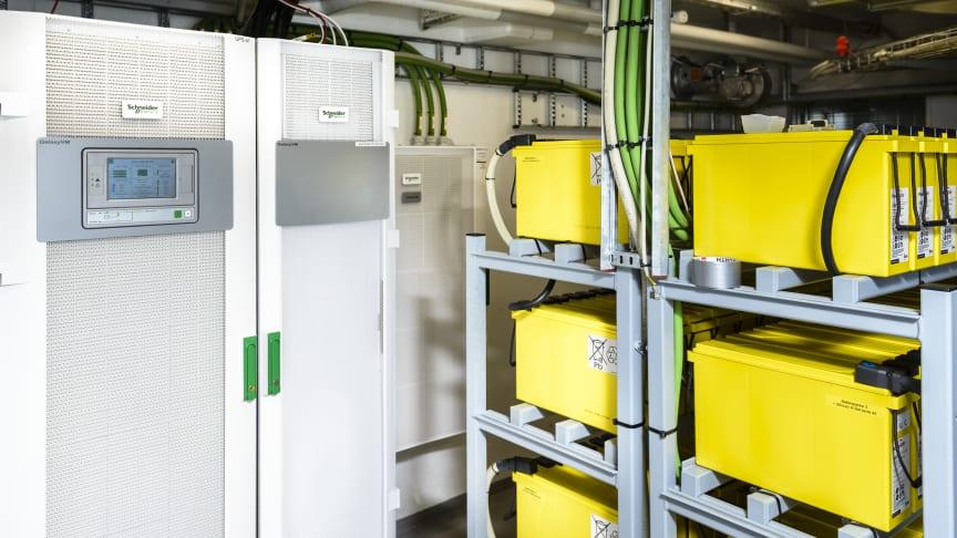 Nye UPS-anlæg og batteripakker sikrer driften i datacentret hos Sydbank
