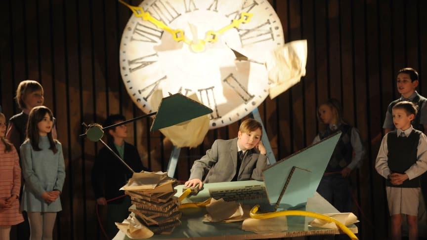 """Making-of. Szenenbild des Drehs zum TV-Spot """"Der Kinderchor"""""""