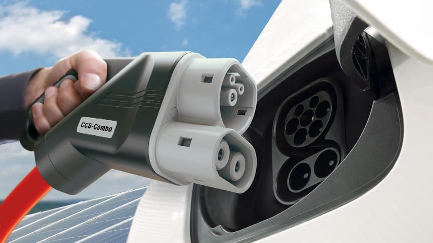 BMW-gruppen, Daimler AG, Ford Motor Company og Volkswagen-gruppen med Audi og Porsche planlegger et samarbeid for lynrask, kraftig hurtiglading langs Europas motorveier