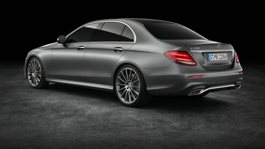 Mercedes starter nu salget af den nye E-Klasse, en af mærkets mest ikoniske modeller