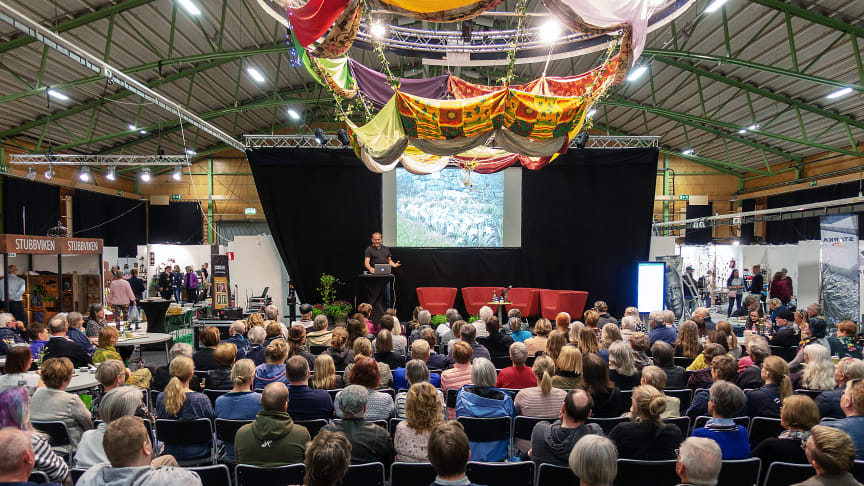 John Taylor föreläser under senaste Nolia Trädgård som hölls 2019.