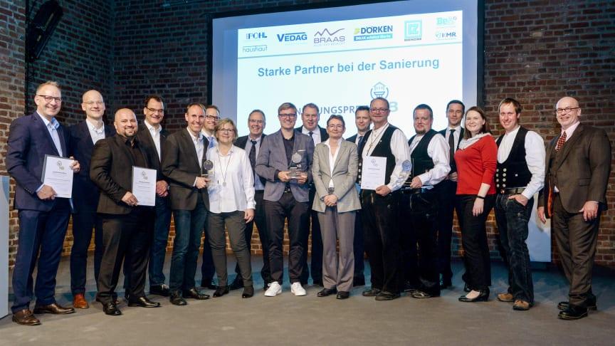 Sanierungspreis 18: Die stolzen Sieger in den Kölner Balloni-Hallen. Foto: Susanne Kurz