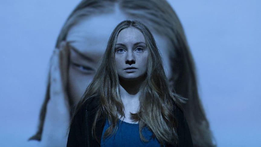 Gina Bernhoft Gørvell spelar rolla som Hedvig i Villanda, som no blir direktestrøyma frå Det Norske Teatret. Foto: Pernille Sandberg.