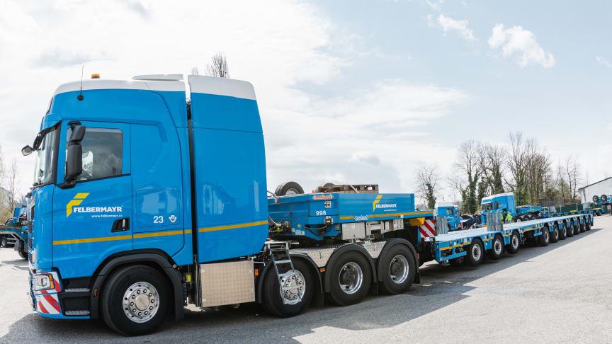 Die Felbermayr Transport- und Hebetechnik GmbH & Co KG hat mit dem vierachsigen Scania 770 S weltweit die erste Schwerlast-Sattelzugmaschine der neuen Scania V8-Generation übernommen.
