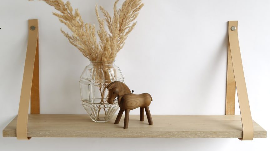 Den nye hyldeserie Harrevig. Hos BOBO vil man mikse sit nuværende sortiment af populære danske brands med møbler under eget navn.
