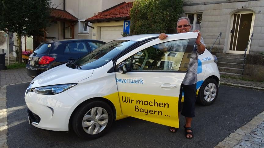 Plechs Bürgermeister Karlheinz Escher testet in der kommenden Woche ein Elektrofahrzeug des Bayernwerks.