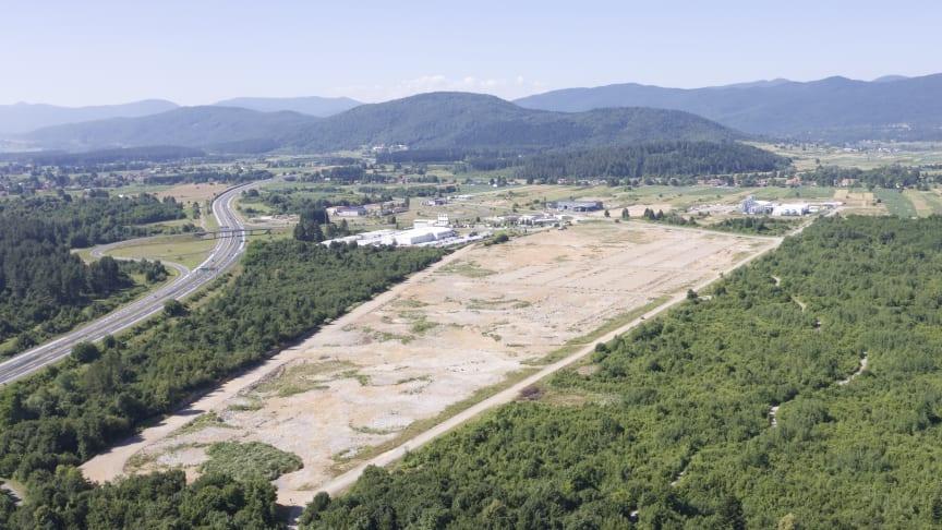 Den nya fabriken Ogulin 2 uppförs i anknytning till parkettgolvsfabriken Ogulin 1 i staden Ogulin, Kroatien.