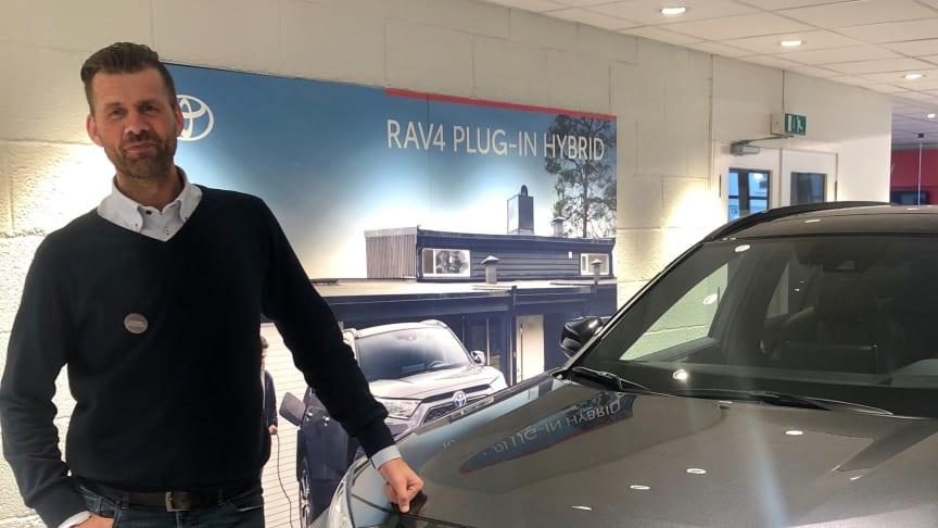 Nordvik Toyota i Lofoten lokker med dobbeltpremiere: - RAV4 Plug-in Hybrid og Yaris Hybrid
