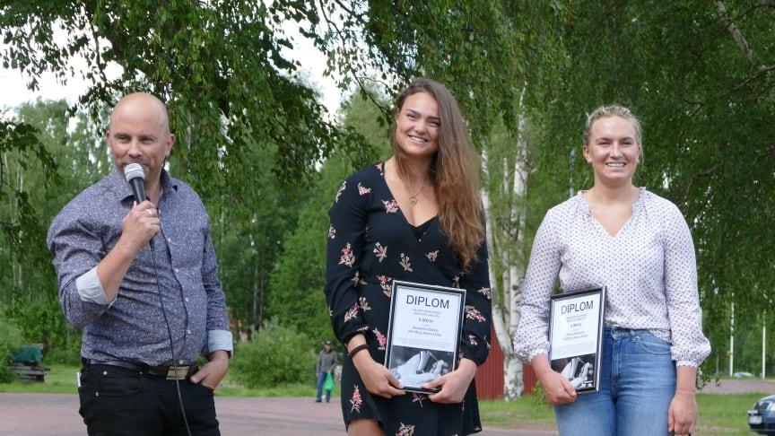 Prisutdelare Mattias Frost, skicrossåkaren Alexandra Edebo och alpinskidåkaren Fanny Axelsson
