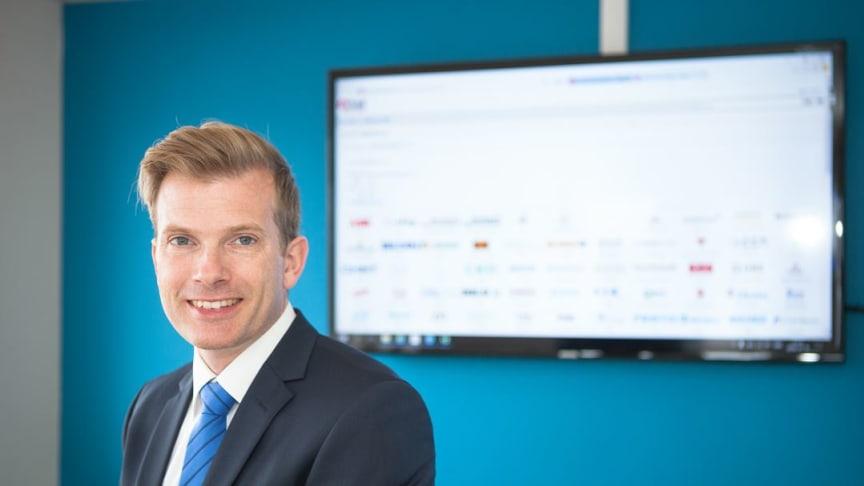 Fredrik Wåhlstrand, VD för Rittal Scandinavian och EPLAN Software & Service AB, tar sig an utmaningen att hjälpa kunderna med värdekedjorna för en digital framtid.
