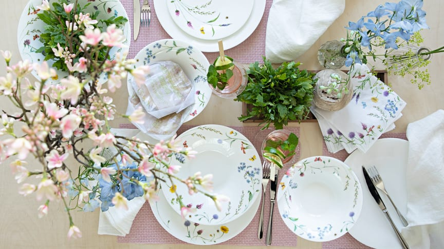 "Brings spring freshness to the table: Hutschenreuther Nora ""Spring Vibes""."