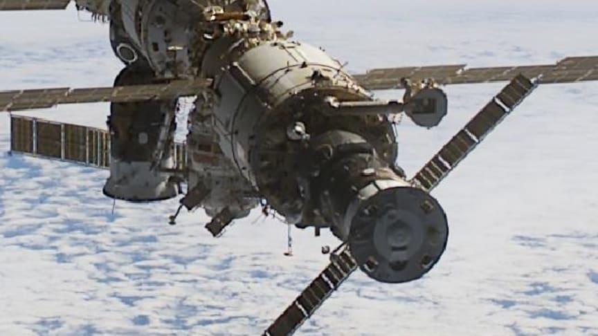 Svenskt instrument undersöker rymdmiljön runt internationella rymdstationen, ISS