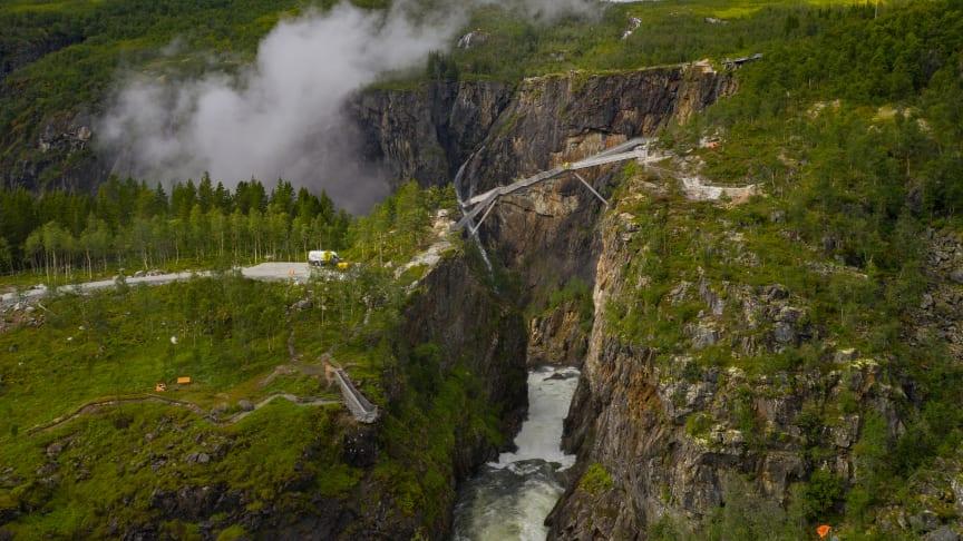 New spectacular staircase bridge over the Vøringsfossen waterfall in the Hardangerfjord region, Norway. Photo: Harald Chritian Eiken - vmproduksjon.no