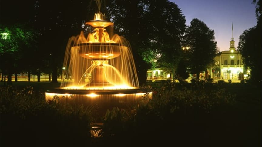 Fontänbelysning från Malux lyser åter igen upp i Norrköping!
