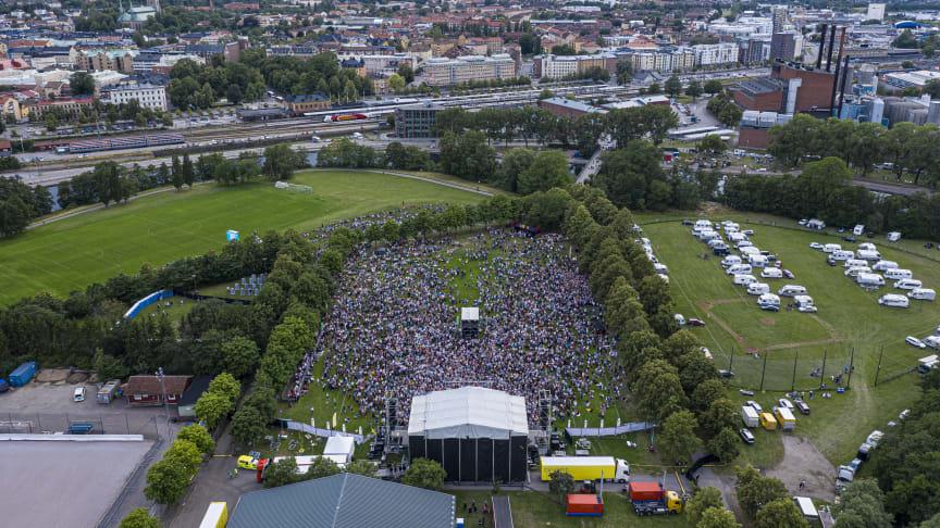 Gyllene Tiders avskedsturné var ett av sommarens stora evenemang i Linköping som lockade många besökare. Foto: Fredrik Schlyter