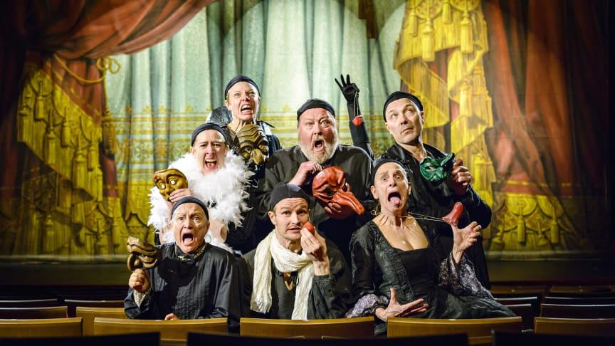 Åke Arvidsson, Karin Bergstrand, Lena Engqvist Forslund, Lars T Johansson, Gisela Nilsson, Jens Nilsson, Alva Pettersson, Helena Svartling spelar i föreställningen Tartuffe. 13 april blir det premiär på Sundsvalls Teater.