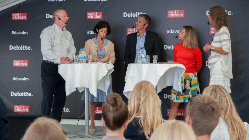 I panelen deltog Wilhelm Lüning, advokat Cederquist, Sophie Nachemson-Ekwall, författare och forskare, Håkan Sjögren, ansvarig för Nasdaqs noteringsverksamhet i Sverige samt Tove Zander, vd Sveriges Unga Aktiesparares Riksförbund.