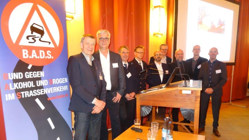 """Referenten und Organisatoren des Symposiums """"Alkohol, Drogen, Verkehrseignung - Schifffahrt"""" am 14. Februar 2018  in Hamburg"""