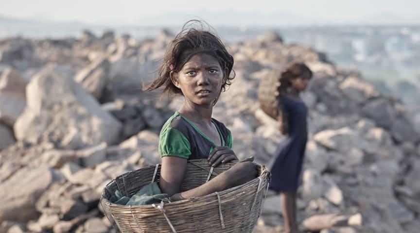 En flicka i Black Diamond, kolets huvudstad i Jharkhand, Indien. Fotograf: Sebastian Sardi