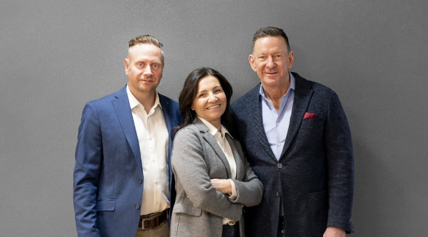 Tobias Olofsson (Bags & More),  Mariella Zalbo Lundgren (Delägare & marknadschef på Avisera) & Peter Lundgren (grundare & VD på Avisera)