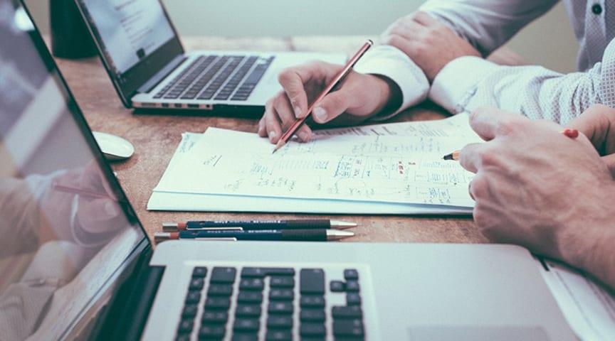 Kommunen erbjuder flexibla betalningslösningar för småföretag.    Foto: pixabay.com