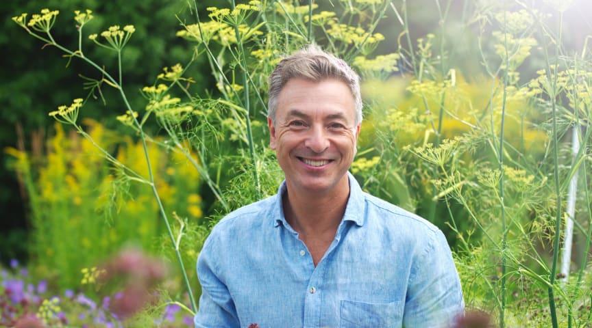 Tareq Taylor kommer till trädgårdsmässan Outside Living för att prata om odling och klimatsmart mat.