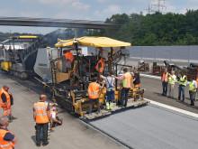 Straßenbau: Innovatives Einbau-Verfahren auf BASt-Areal erfolgreich getestet