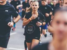 Der SportScheck RUN hat dieses Jahr ein neues Stadtlaufshirt, ein neues Konzept und ein neues Motto im Gepäck.