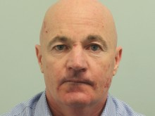 Prolific bag thief who targeted breakfast customers is jailed