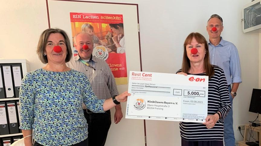 E.ON-Mitarbeiter unterstützen den Verein KlinikClowns Bayern e.V.
