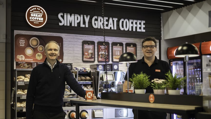"""""""Sustainability matters are always present for us, but to be able to realize all ideas we depend on partners like Circle K, who are willing and brave to try out and develop new concepts together with us,"""" says Martin Löfberg (left)."""