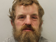 Man jailed for stealing equipment from ambulance in Southwark