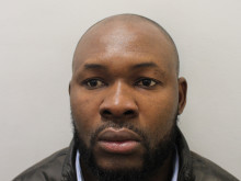Thief admits stealing £15,000 worth of mobile phones in Shoreditch