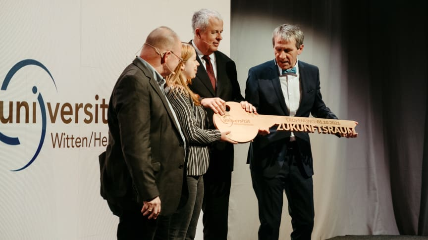 ZÜBLIN Timber, Holzhybrid-Neubau Universität W/H, Witten