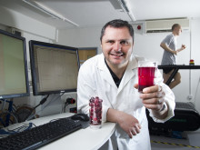 Drinking Montmorency cherry concentrate reduces effects of gout