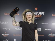 Höchstleistungen trotz körperlicher Einschränkungen - Tom Belz gewinnt den EXPLORER Award